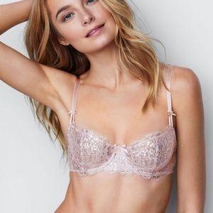 Victoria's Secret 34B Unlined push up bra